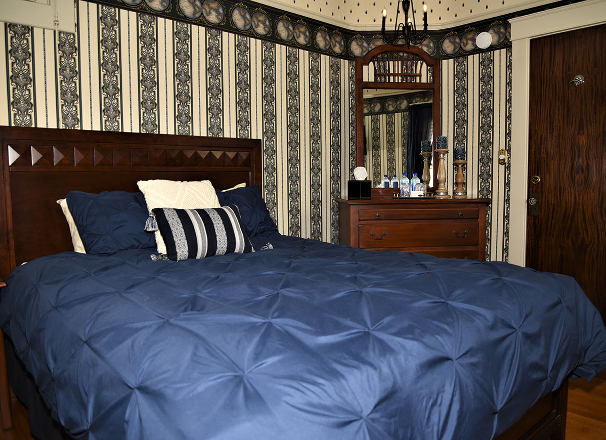 Empire Room at Grand Colonial B&B Hotel near Cooperstown NY