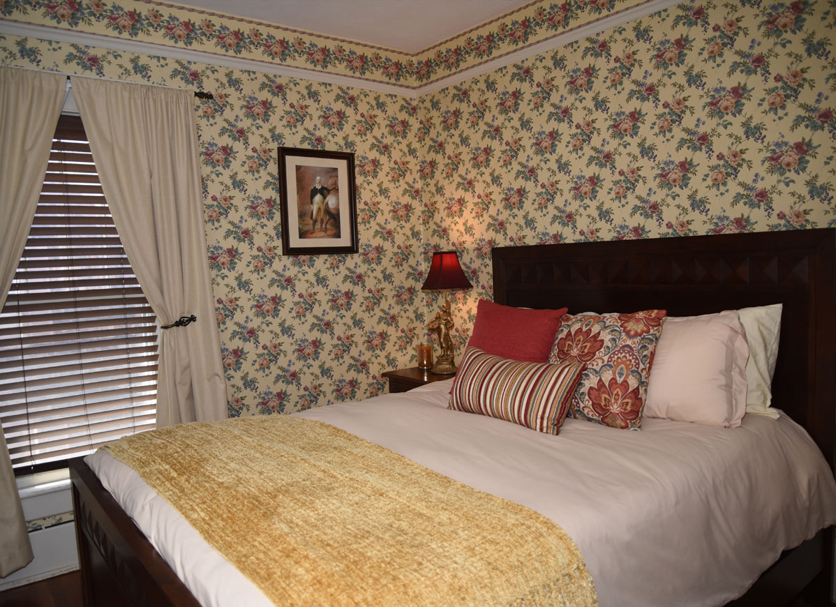 Herkimer Inn Palatine Room at Grand Colonial B&B Hotel near Cooperstown NY