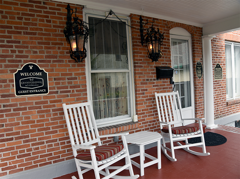 grand colonial porch