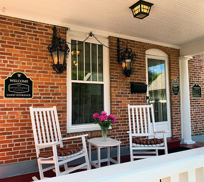 grand colonial exterior porch
